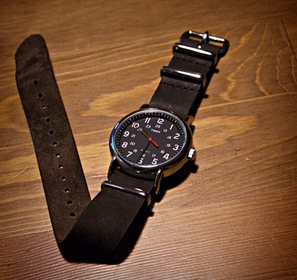 Timex Weekender on a $15 leather NATO strap from #cheapestnatostraps #timexweekender #timex #leathernatostrap #natoband #natostrap