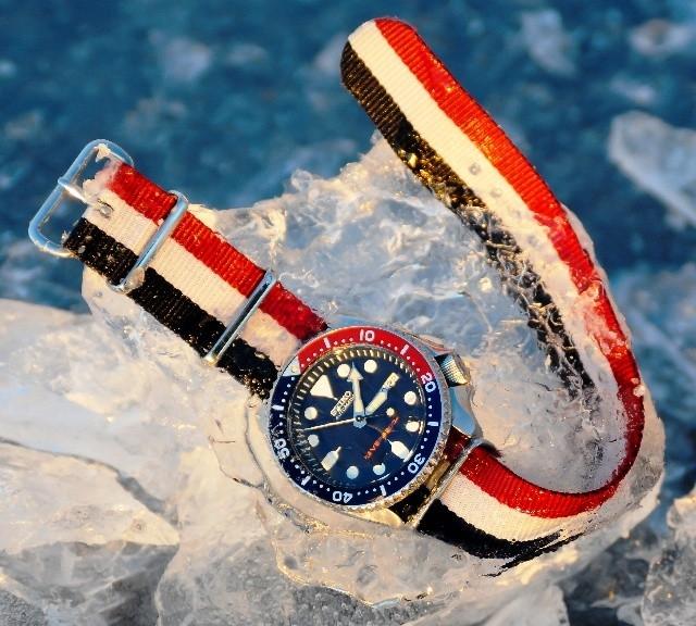 Seiko SKX009 on a NATO strap from #cheapestnatostraps.com #seiko #diverswatch #natostrap #natoband #klocksnack #watchuseek #instawatch #watchesofinstagram