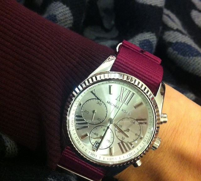 Todays NATO strap is an Marion 7 dollars strap from #cheapestnatostraps #nato #natoband #natostrap #watch #watchband #watchuseek #wristporn #watchoftheday #michaelkors #michaelkorswatch #instawatch #watchesofinstagram