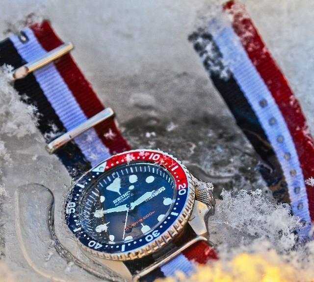Seiko SKX009 on a NATO strap from #cheapestnatostraps.com #seiko #diverswatch #natostrap #natoband #watchesofinstagram #instawatch #klocksnack #watchuseek