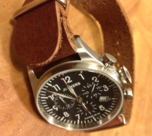 Junkers on a vintage leather NATO strap from #cheapestnatostraps.com #junkers #pilotwatch #leathernatostrap #natostrap #natoband #klocksnack #watchuseek #watchesofinstagram #instawatch