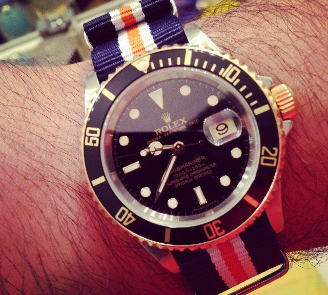Rolex Submariner two tone on a NATO strap from #cheapestnatostraps.com #rolexsubmariner #rolex #submariner #natostrap #natoband #klocksnack #watchuseek #diverswatch #goldwatch