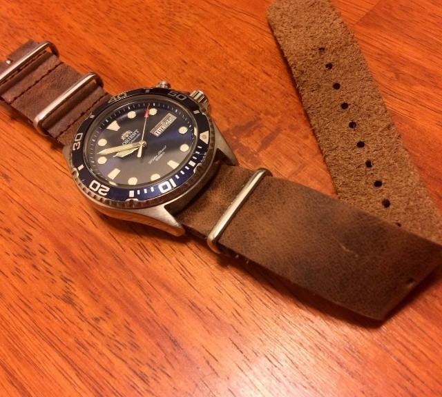 Orient Ray on a vintage brown leather NATO strap from #cheapestnatostraps.com #orientray #orient #leathernatostrap #natostrap #natoband #klocksnack #watchuseek #watchband #watchstrap