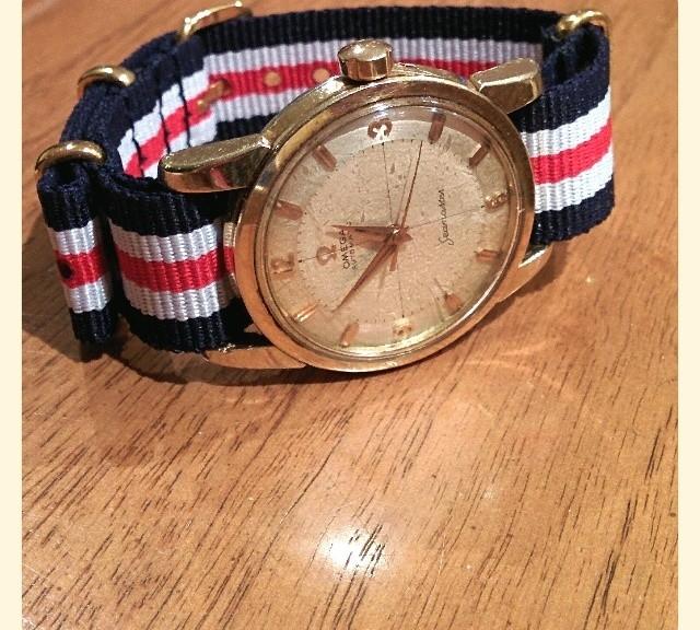 Vintage Omega Seamaster on a gold NATO strap from #cheapestnatostraps.com #omegaseamaster #omega #seamaster #vintagewatch #natostrap #natoband #klocksnack #watchuseek