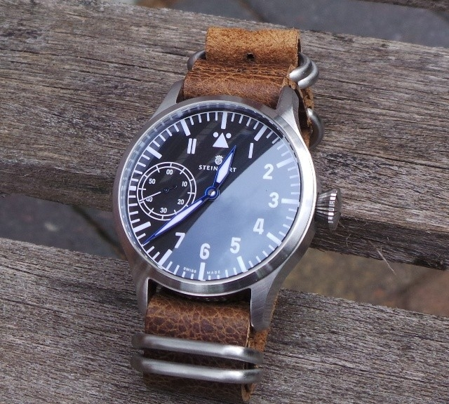 Steinhart pilotwatch on a leather Zulu strap from #cheapestnatostraps.com #steinhart #pilotwatch #leatherzulustrap #leathernatostrap #zulustrap #natostrap #natoband #klocksnack #watchuseek #instawatch #watchesofinstagram #watchaddict #wristporn